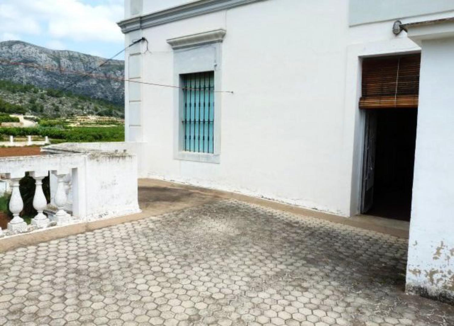 Villa en venta en Benifairo de la Valldigna-Ref:1421